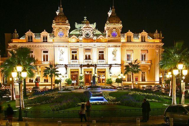 800px-Real_Monte_Carlo_Casino